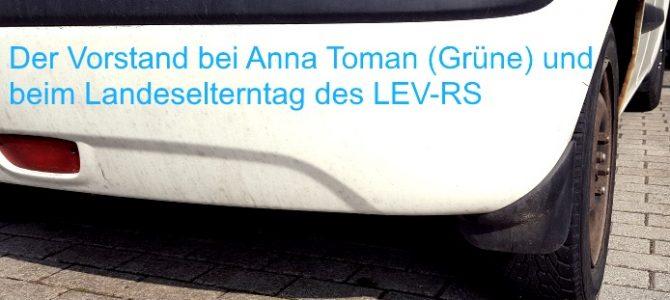 Sichtbar werden: Bei Anna Toman (Grüne) und beim Elterntag das LEV-RS