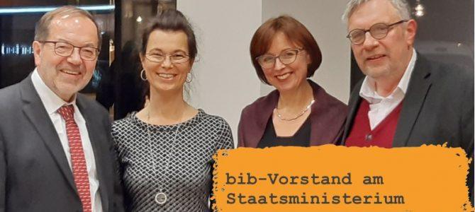 Sichtbar bleiben: bib-Vorstand am Staatsministerium
